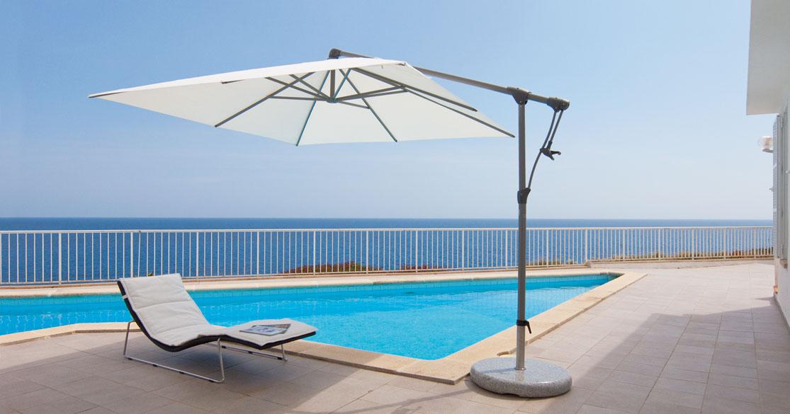 sunwing vrijhangende parasols sfeerfoto